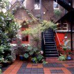 october_gallery_courtyard